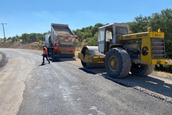 Kızılöz Mahallemizin Göksu Turizm Yolu bağlantı yolu asfaltlandı.