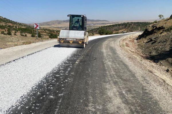 Durayda- Bardas ilçe bağlantı yolumuz asfaltlanarak hizmete sunuldu