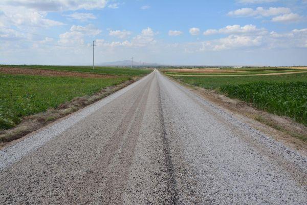 Aydoğmuş – Çumra Yenisu yolumuz asfaltlanıyor.
