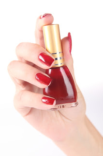 Cool ways to paint your nails at home