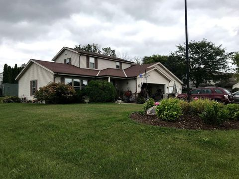 Houses for sale in waukesha wi 53186