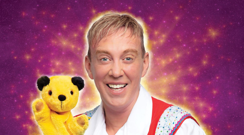 Izzy Wizzy Let's Get Busy - Stars announced for the Grand's panto