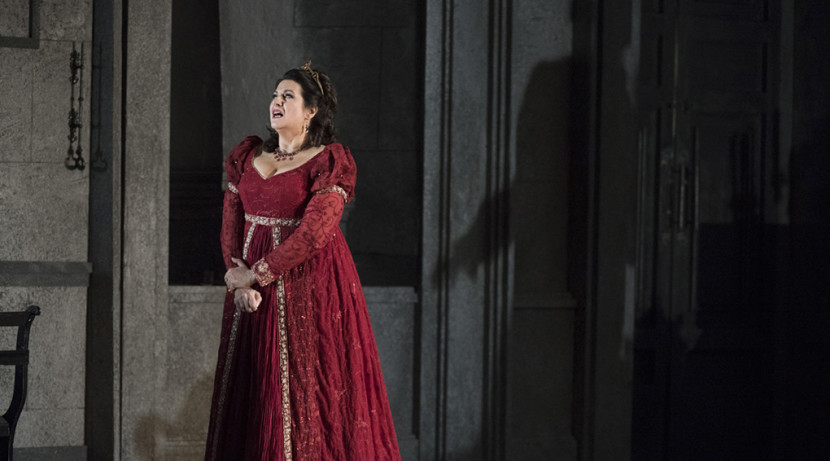 Welsh National Opera's Tosca will leave you well and truly hooked