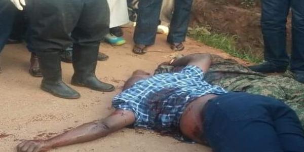 Maama_Fina_Husband_Late_Sheikh_Major_Kigundu_s_Body_With_Aide_at_death_scene