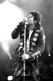 Micheal Jackson Dies