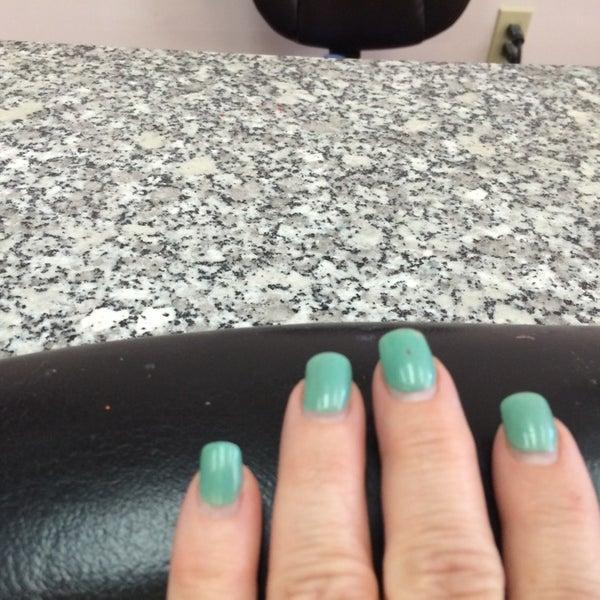 Mary's nails verona