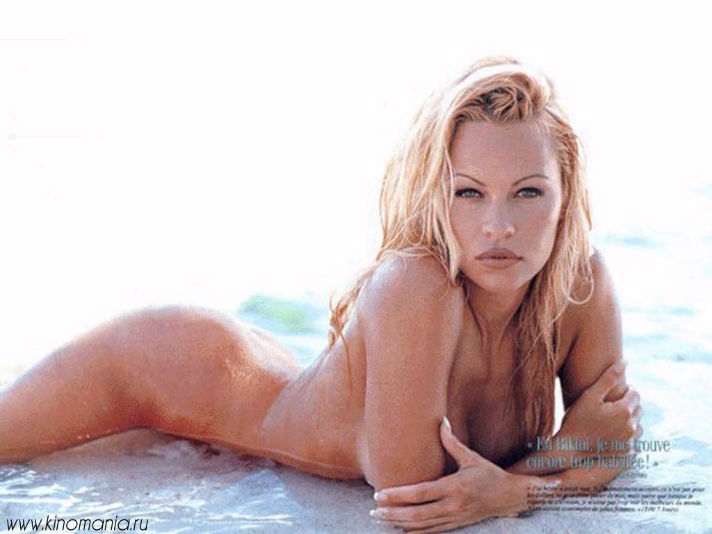 Pamela Anderson Naked 24