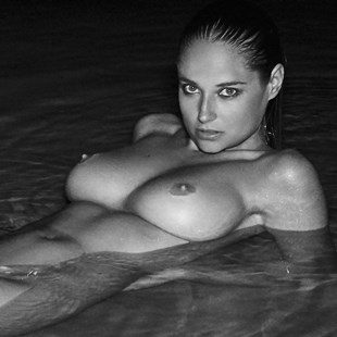 Genevieve Morton Nude B&W Photos Ultimate Collection