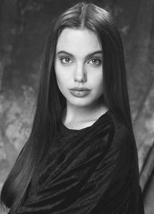 Анджелина Джоли в детстве 3