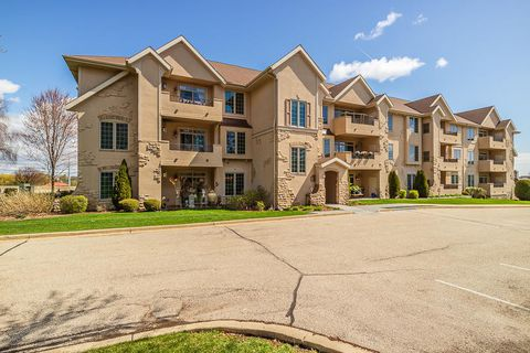 Condos for sale waukesha wi