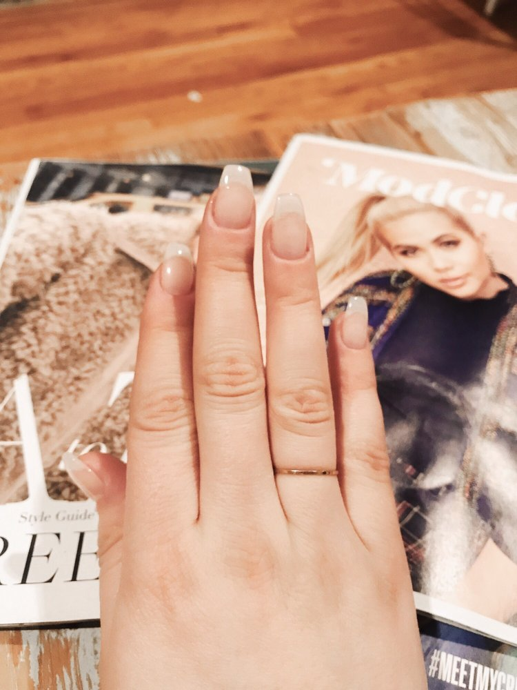Nails ues
