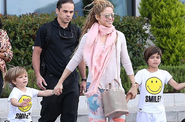 Шакира пике ребенок