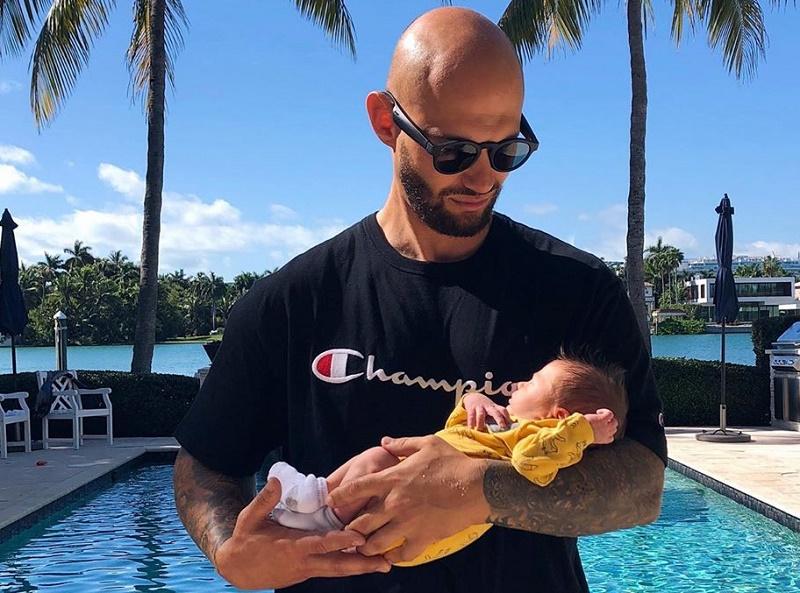 Джиган с опозданием поздравил сына с первым «днем рождения»