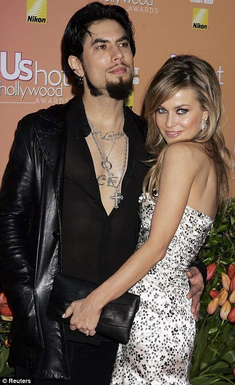 Who was carmen electra married to
