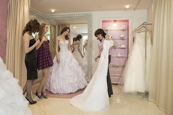 Что нужно что открыть свадебный салон