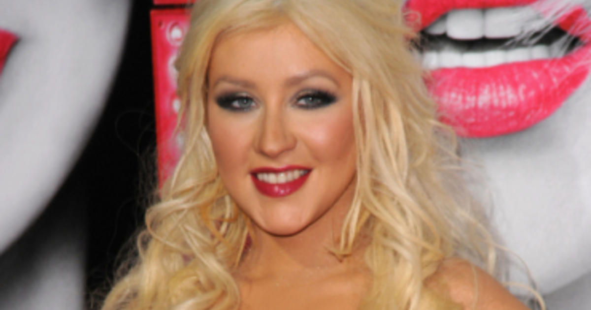 Christina aguilera new pictures 2011