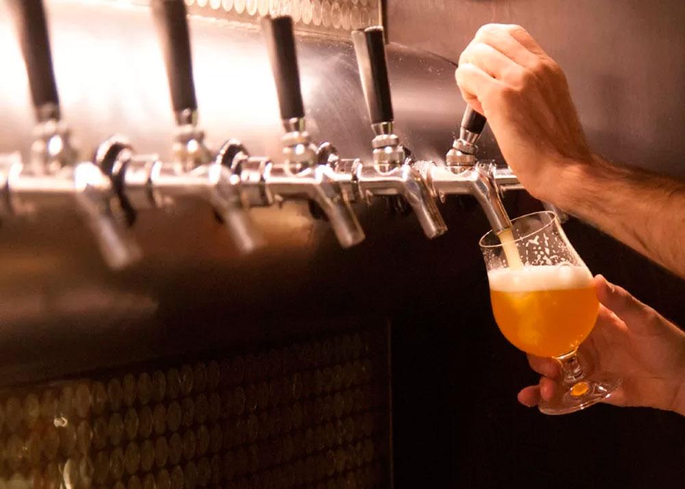 Открытие разливного пива поэтапно