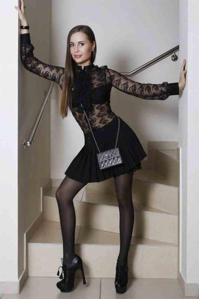 Юлия Михалкова фото в чёрном платье