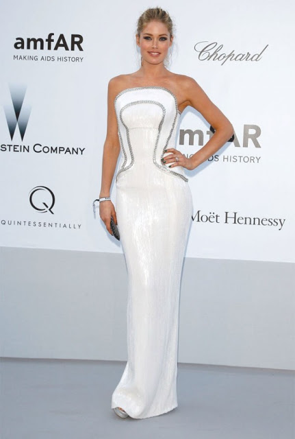 Celebrities in white dresses 2012