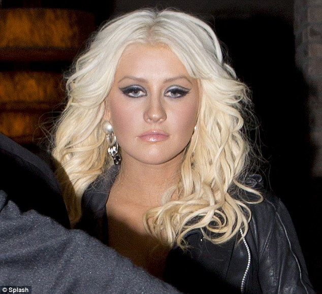 Did christina aguilera died 2012