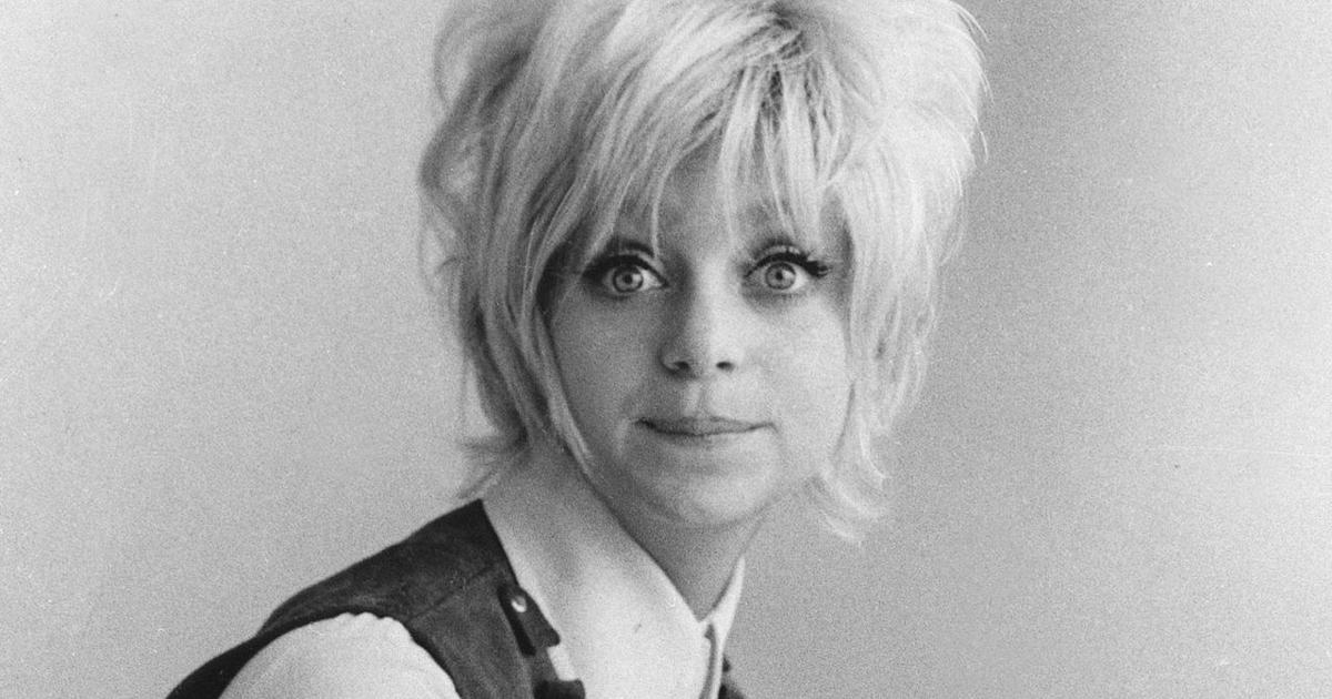 Goldie hawn overboard pictures
