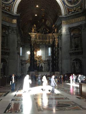 サンピエトロ大聖堂内部3