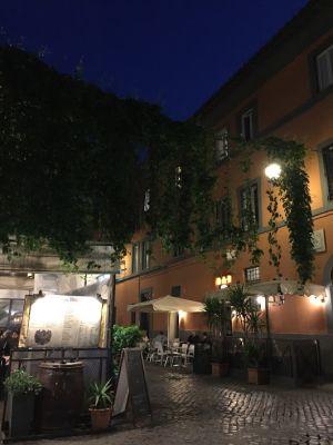 夜のトラステヴェレ