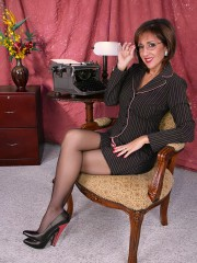 Lascivious housewife Roni can't live without to undress off her garments
