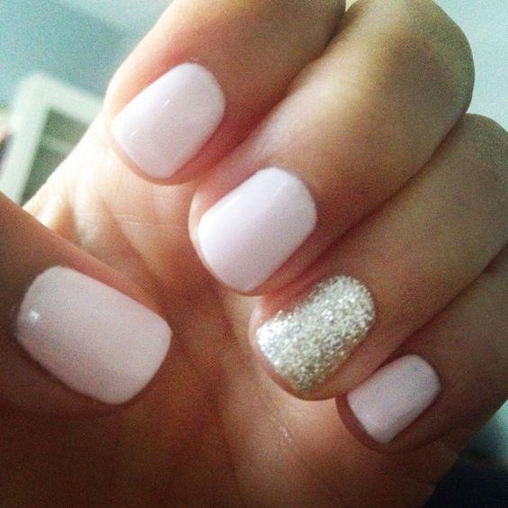 Gel nails short