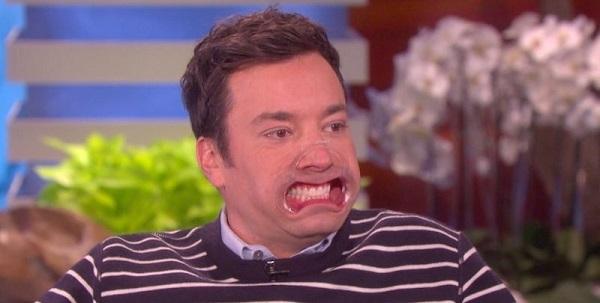 Lip retractors teeth whitening