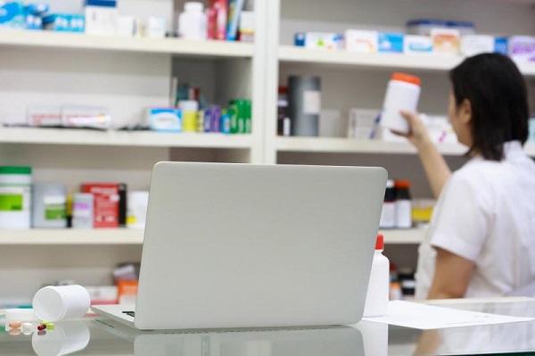 Pharmacist in Singapore