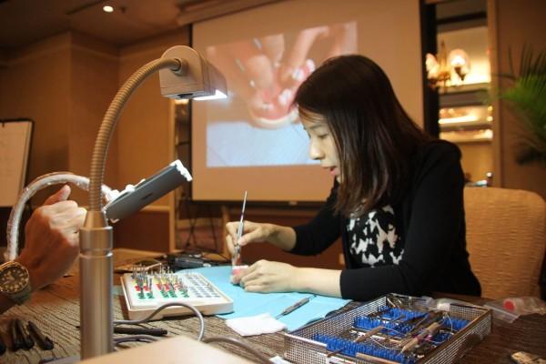 Periodontist Singapore