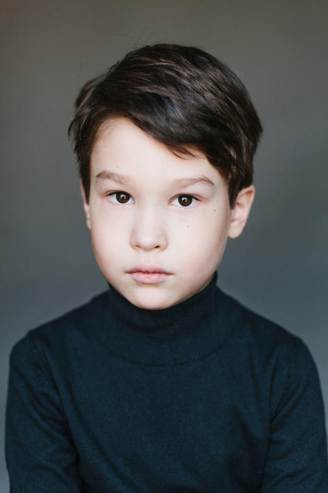 Даниил, 7 лет. Папа - татарин, мама - грузинка дети, национальность, фотографии