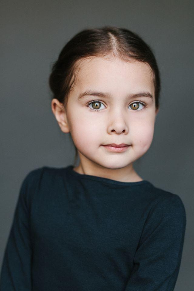Алиса, 5 лет. Папа - русский, мама - узбечка/татарка дети, национальность, фотографии