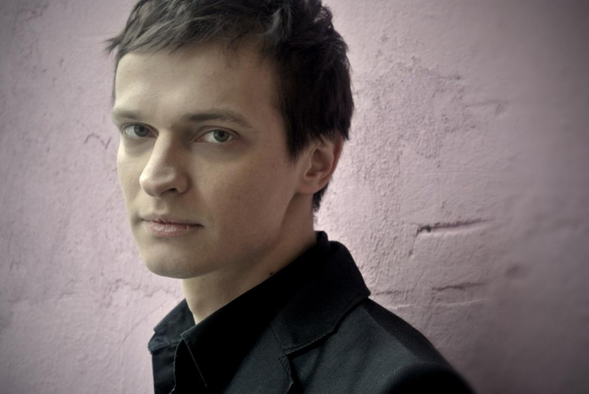 30 лучших фото красавца мужчины Александра Дьяченко