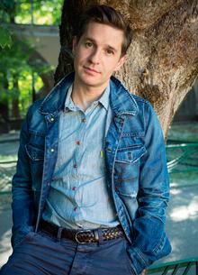 Александр Ратников: «Мы, как многие семьи, не избежали сложностей»