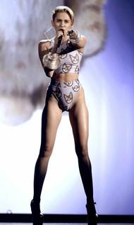 Голая актриса, певица Miley Cyrus фото, эротика, картинки - фотосессия из мужского журнала GQ на Xuk.ru! Фото 45