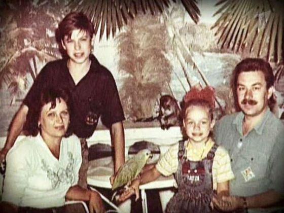 Маленький Дима Дюжев с семьей