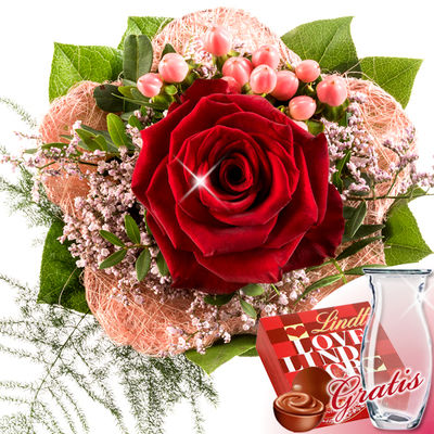 Bouquet of roses with vase & Lindt Lindor