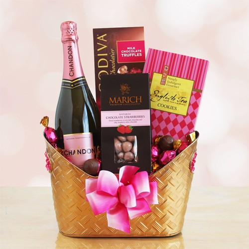 Romance and Rose Valentine Gift