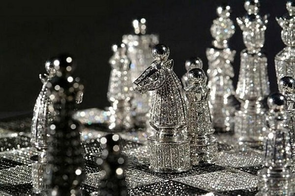 Royal Diamond Chess Set