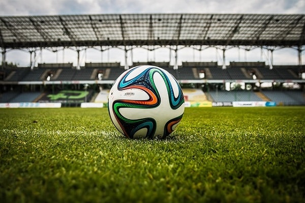 Senarai 20 Kelab Bola Sepak Terkaya Di Dunia 2016