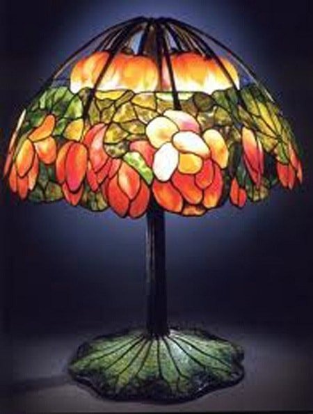 Pink Lotus Tiffany Lamp