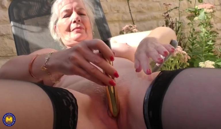 40 летние мастурбируют