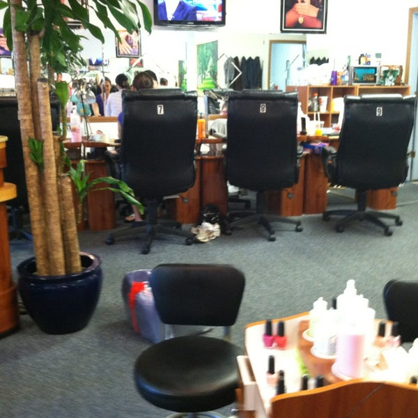 World nails issaquah wa