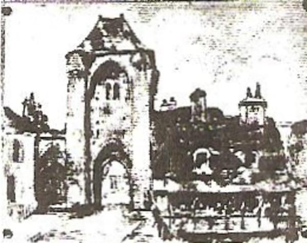 Uzerche Gateway