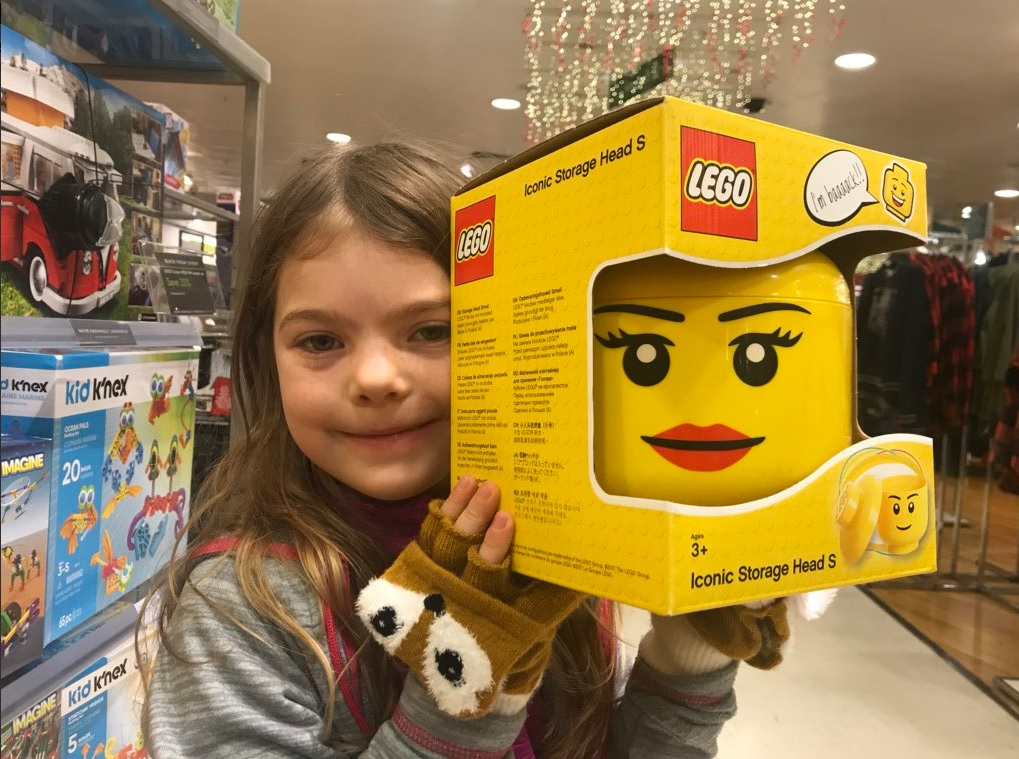 Ребенок проглотил пластмассовую деталь от лего