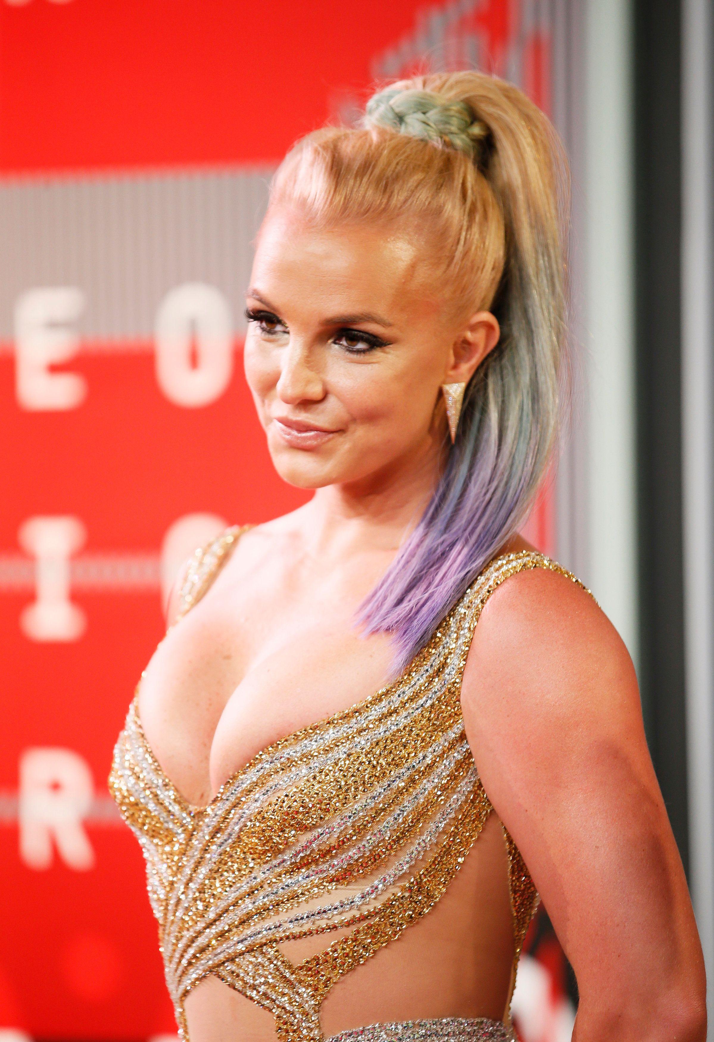 Britney spears in bathing suit