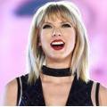 Тейлор Свифт стала артисткой года