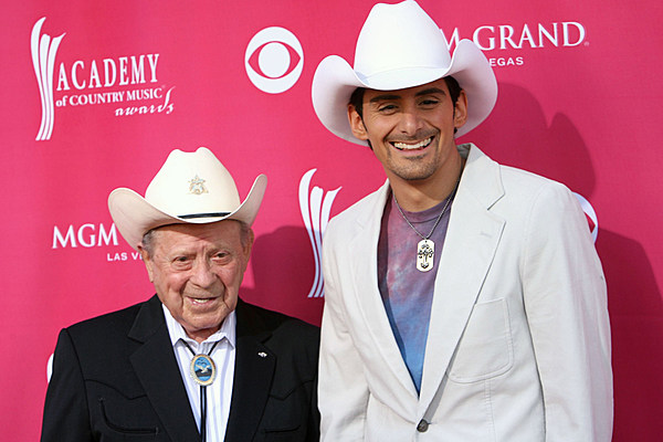 Brad paisley and little jimmy dickens